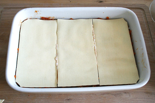 36 - Weitere Schicht Lasagneplatten dazu / Add another layer of lasagne sheet