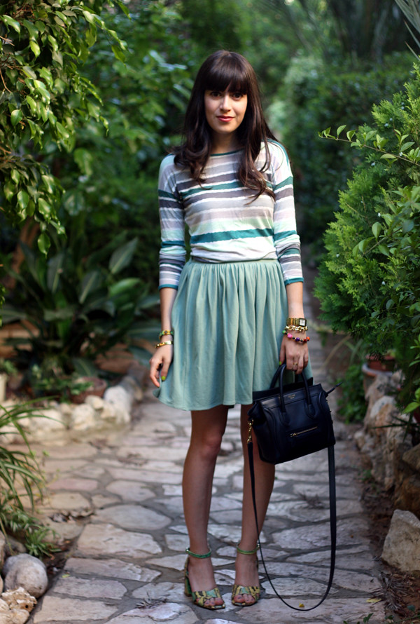 zara_striped_top_american_apparel_pleat_skirt1