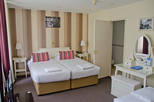 The rooms at Umi Hotel London