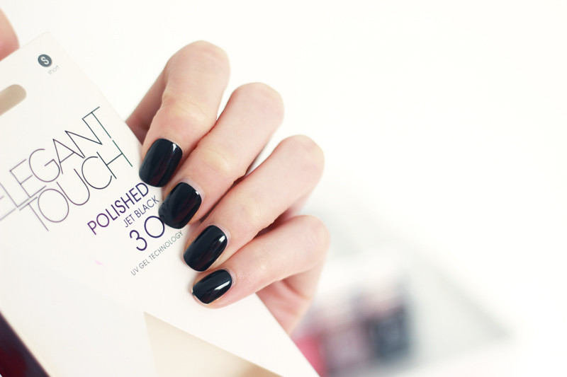 Elegant Touch Polished Jet Black Press On Nails