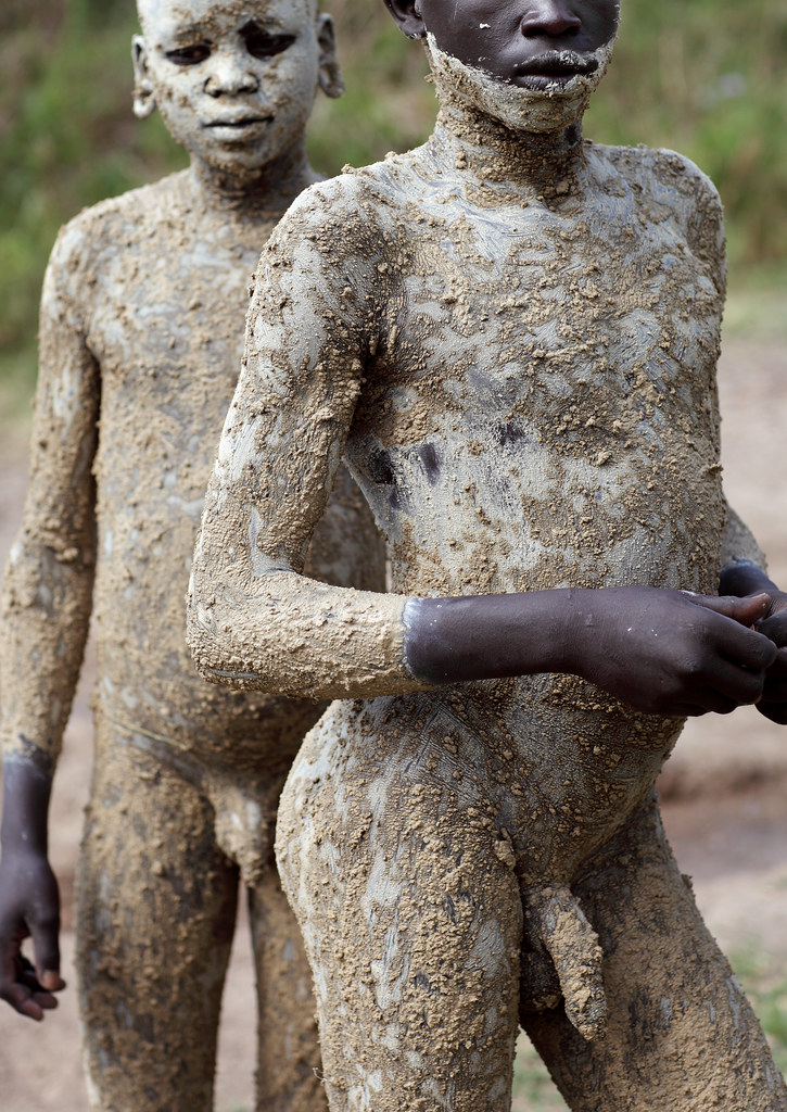 Naked African Tribal Men http://www.flickriver.com/photos/deepblue66/6992376356/