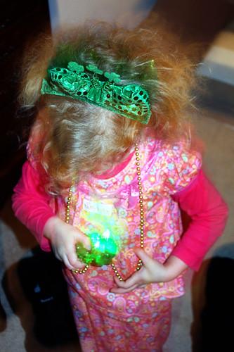 Auttie-Lightup-Necklace