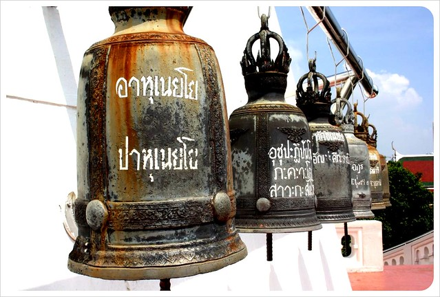 bangkok golden mount bells