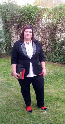 Outfit: black, white and red
