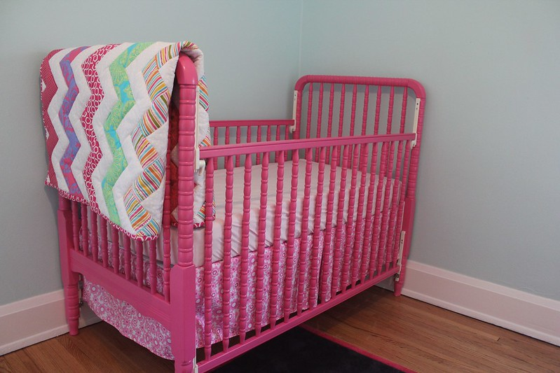 My Life In Transition How I Painted Our Crib Pink