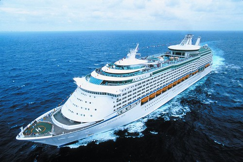 Voyager-of-the-Seas-at-Sea