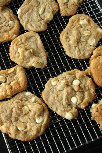 how to make subway cookies macadamia