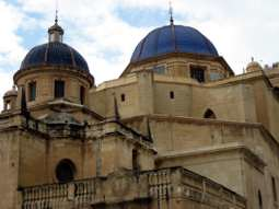 Basilica de Santa María.