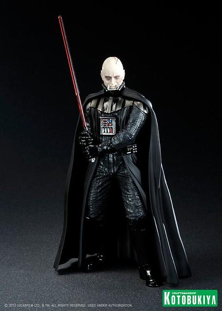 Darth-Vader-ArtFX-Statue-8_1339431798