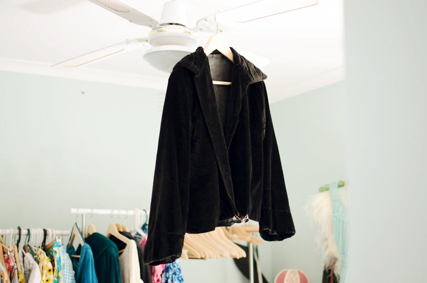vintage--black-velvet-jacket a