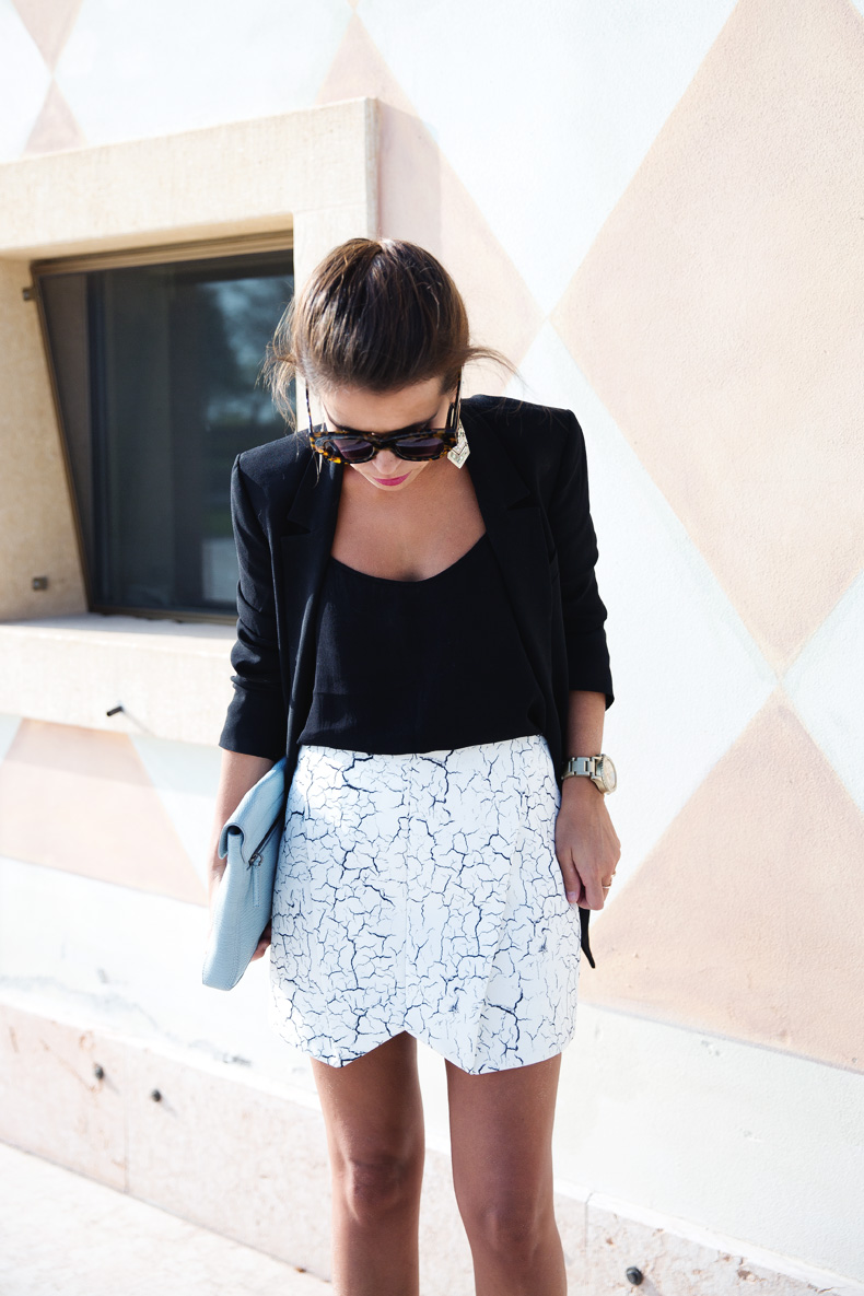 Cracked_Skirt-Girissima-Calzedonia_Show-Light_blue_Clutch-Phillip_Lim-Street_Style-Outfit-14