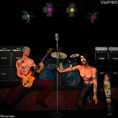 RHCP Flea & Anthony at the VYPER stage in SL