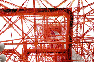 東京タワーあおり2_24mmF28_GM