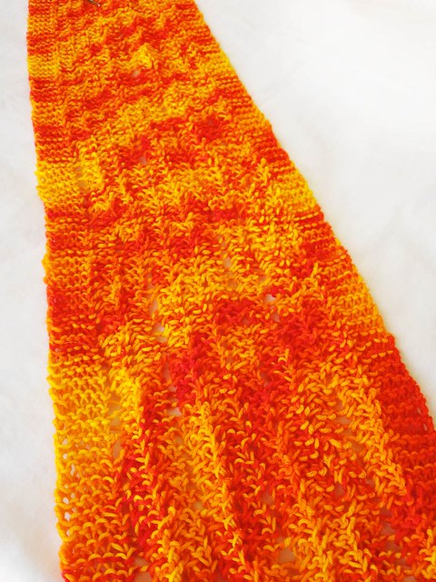 Color change scarf