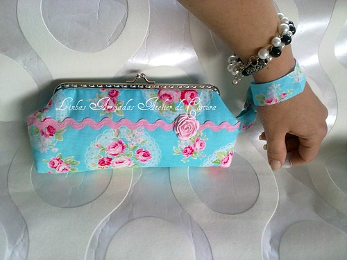 cloutch vintage by ♥Linhas Arrojadas Atelier de costura♥Sonyaxana