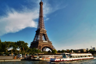 Eiffel Tower dinner and Seine river cruise - Things to do in Paris