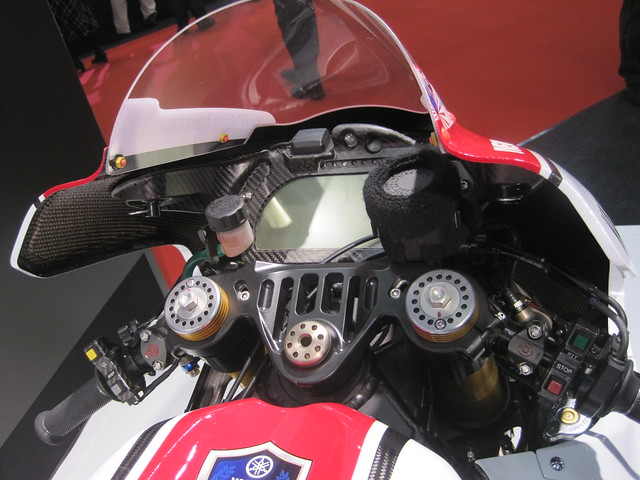 2011 YAMAHA YZR-M1 (OWT1) #1 Jorge Lorenzo WGP 50th Anniversary Edition
