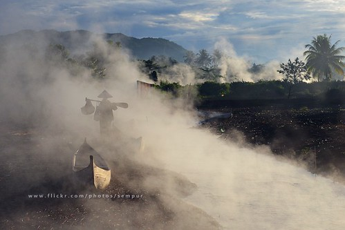 morning lake indonesia boat fisherman smoke northsulawesi sulawesi celebes gorontalo limboto northcelebes