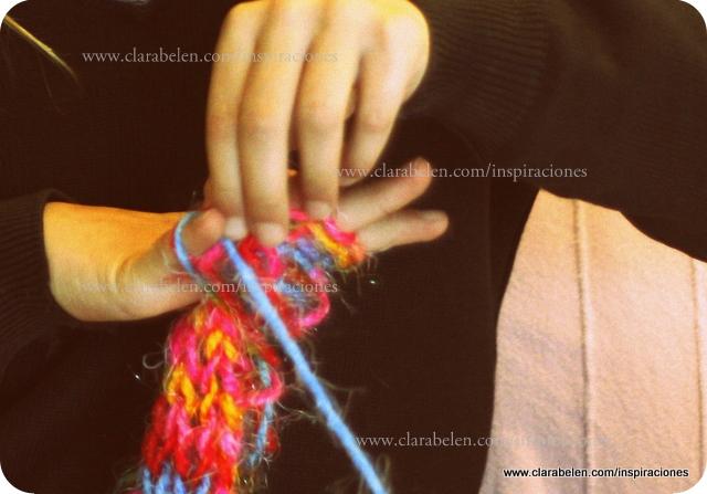 Bufanda tejida con los dedos para niños. Tutorial