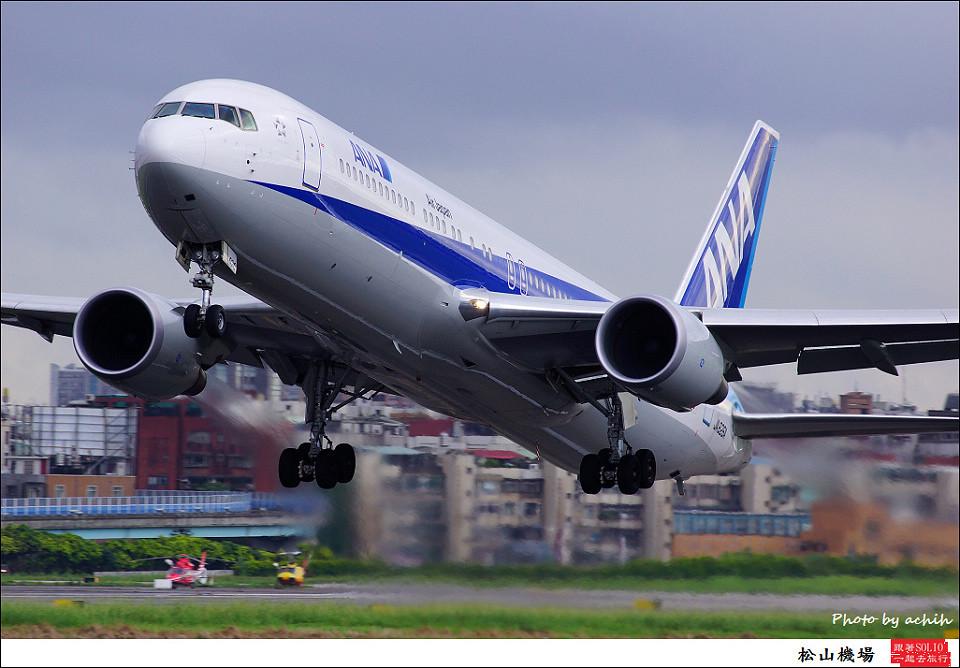 全日空JA626A客機014
