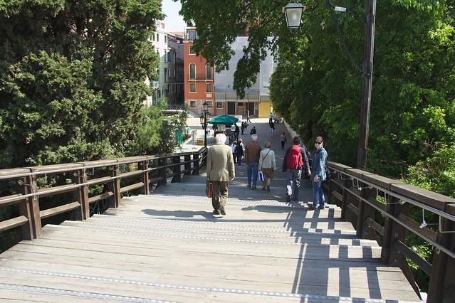 144 - Ponte dellAccademia