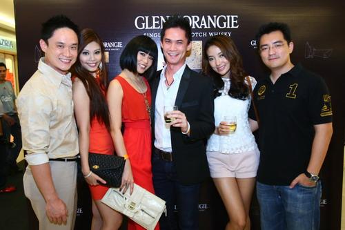 F-Xandria Ooi,Yuri Wong,Chelsia Ng & guests