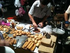 素食炸物必朝聖之地–溪湖夜市感恩素食