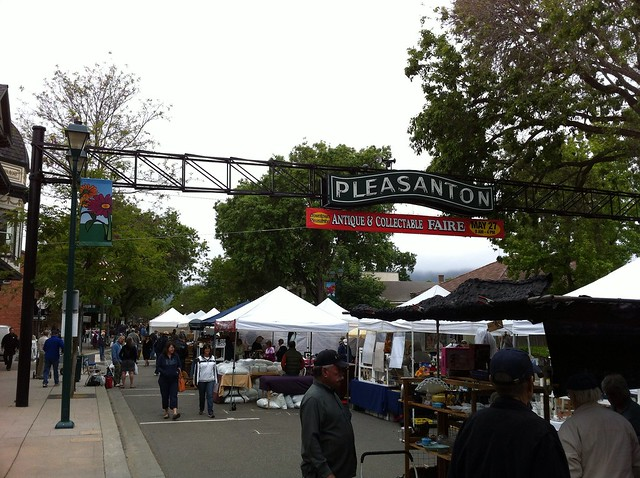 Pleasanton Antique & Collectable Faire
