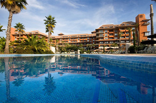 Piscina del Puerto Antilla Grand Hotel.