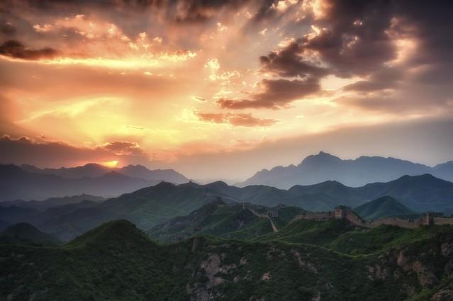 Solnedgang over den kinesiske mur