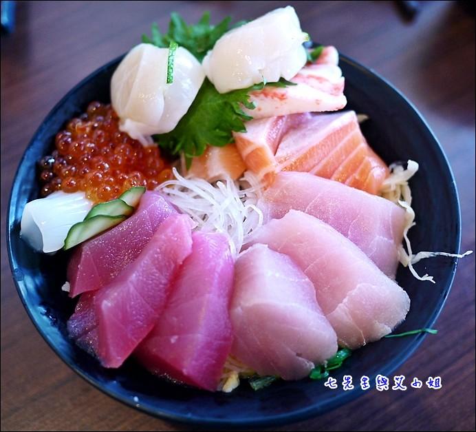 9 海鱺 鮭魚 蟹腳