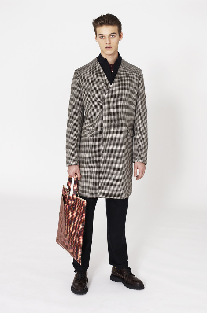 Robbie Wadge0513_Marni F​W12 Lookbook(Fashionsito)