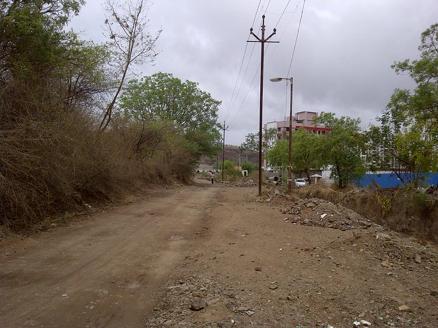 Kacha Road - Visit Amit's Sereno, Reelicon Alpine Ridge, Pride Platinum, Welworth Paradise, Venkateshwara Mirabel & Pride Valencia, near Pancard Clubs, Baner, Pune 411045