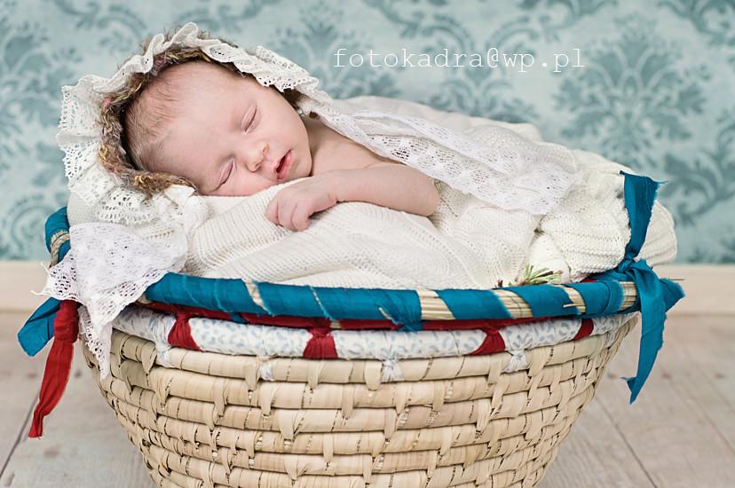 mini sesja niemowleca w Torunu i Grudziądzu