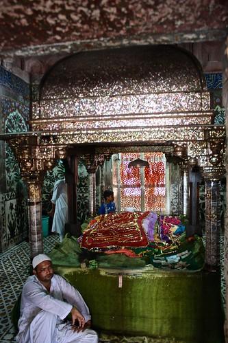 Tomb of Salim Chishti in Jama Masjid courtyard, Fatehpur Sikri