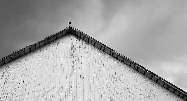 Barn (B&W)