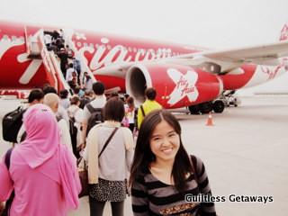 airasia-girl-philippines.jpg