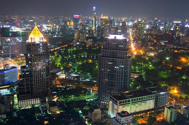 Bangkok skyline by CC user evoflash on Flickr