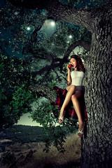 [フリー画像素材] 人物, 女性, 人物 - 樹木, 下着・ランジェリー, リンゴ, アメリカ人 ID:201204202200