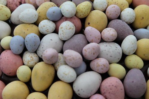Picture of several chocolate easter eggs of varying colors