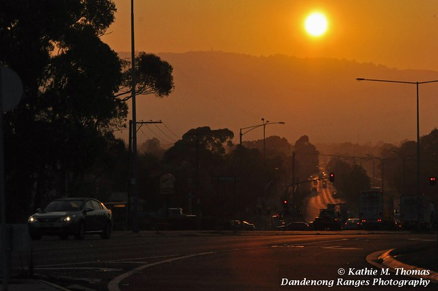 95-366 Sun rising in Scoresby