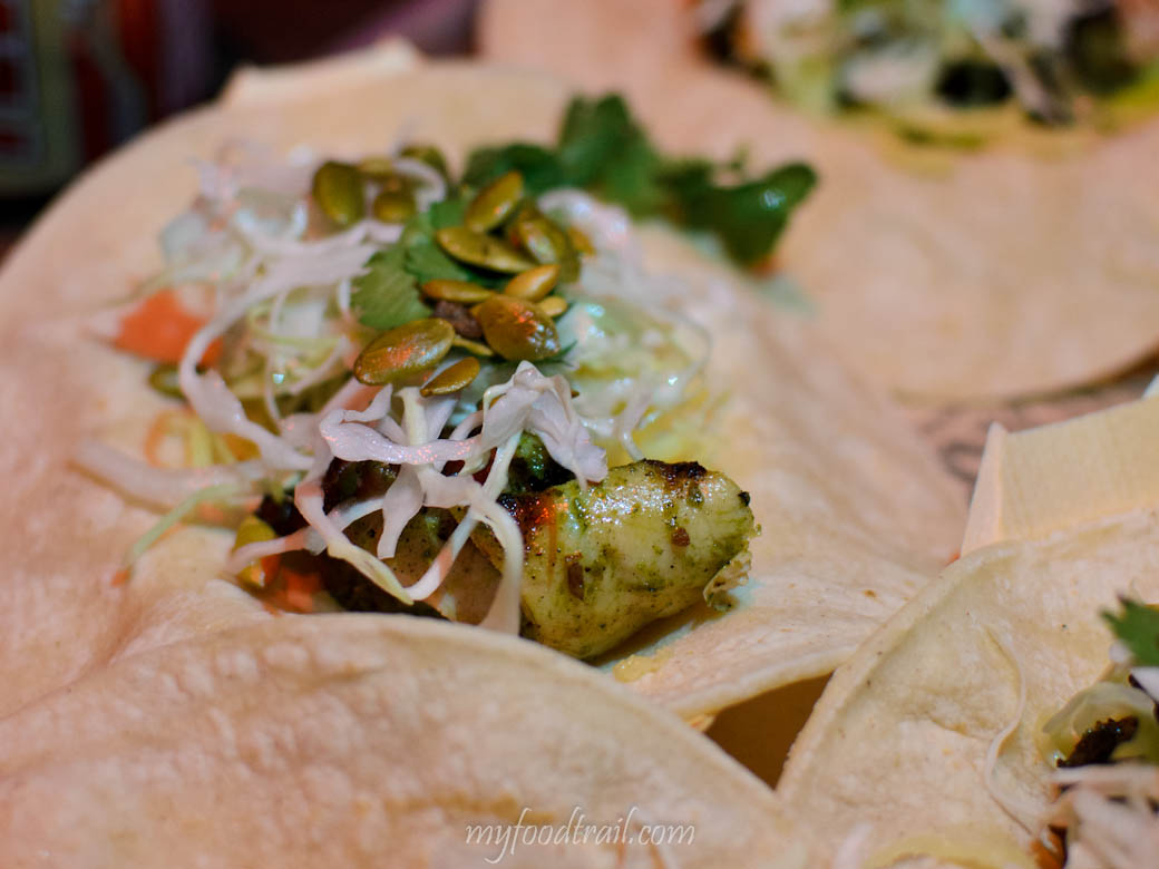 Touche Hombre – Chicken tacos