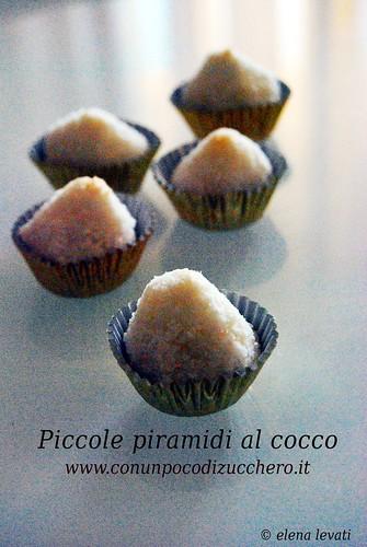 Piramidi al cocco