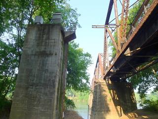 Broad River Paddling May 26, 2012 9-14 AM