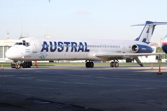 LV-BHN McDonnell Douglas MD-83 Austral