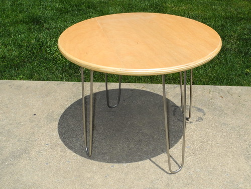 hairpin side table by davidrockdan