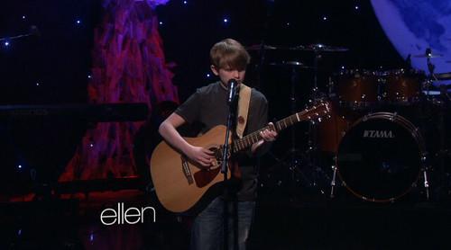 13_year_old_singing_on_ellen_show