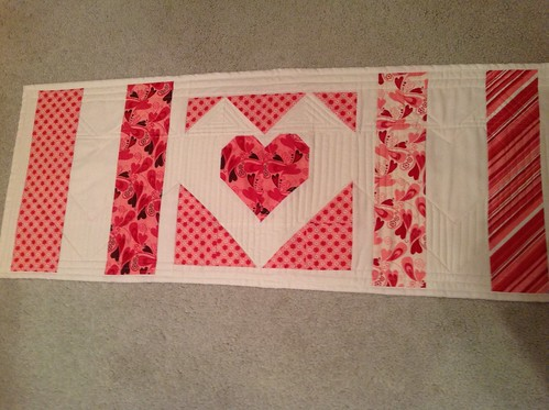 Valentine Table Runner back 2-14