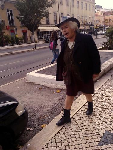 Peekaboo #17 by Grão Difuso