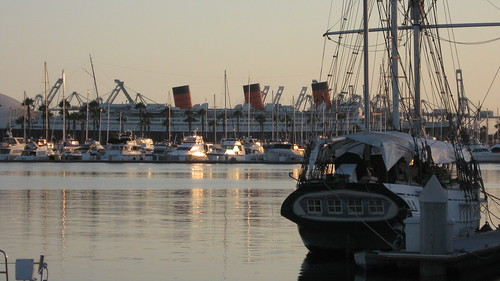 Queen Mary in Telephoto by frayser